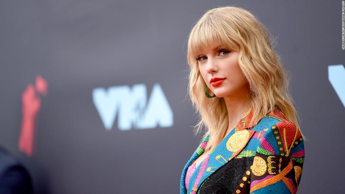 Taylor Swift Is In My Feelings Over Evermore Returning to No. 1 on Billboard 200