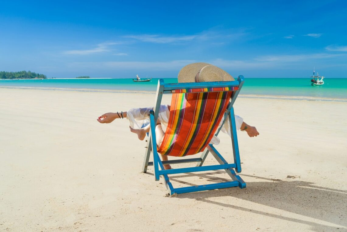 How to Create a Relaxing Alone Day at the Beach